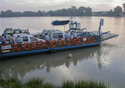 ferry at La Puebla del Río
